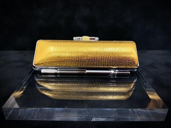 Case-shiny¥1,600+tax