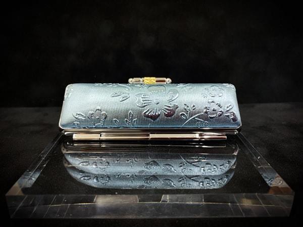 盒子-wa¥1,500+稅